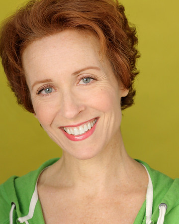 Kelly Lester headshot